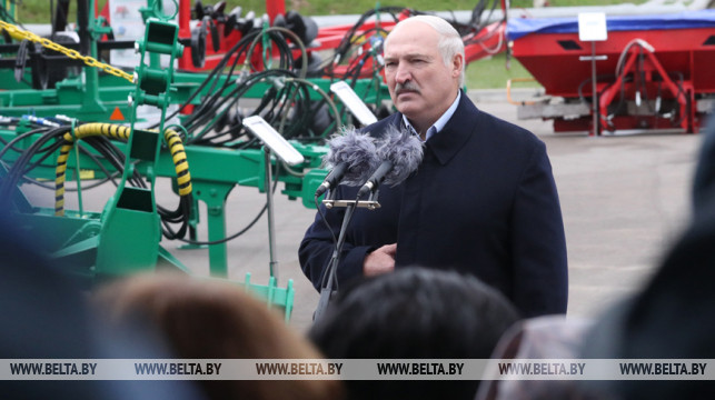 Belarus president wants winter grain sowing to be complete by 1 October